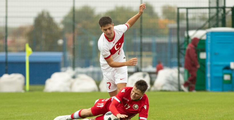 Сборная Беларуси U-16 оказалась слабее сверстников из Турции в товарищеском матче