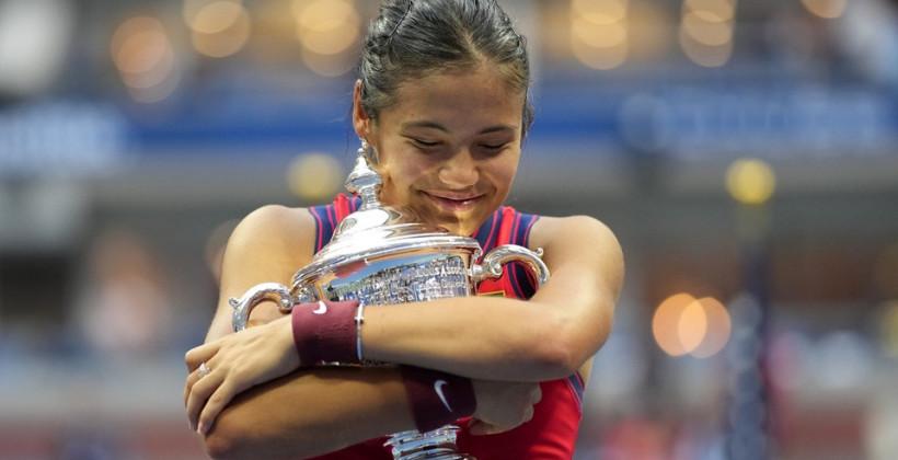 18-летняя британка Эмма Радукану сенсационно выиграла US Open