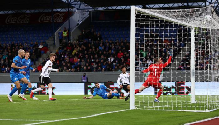 Германия забила четыре мяча в гостевом матче против Исландии