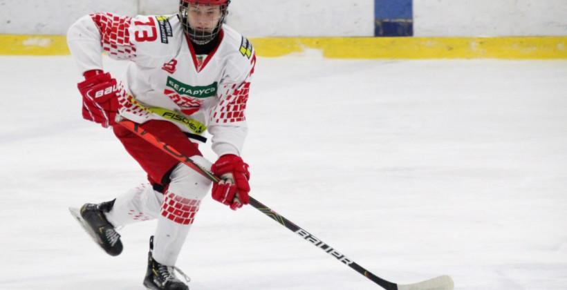 Андрей Лошко сыграет в сезоне 2021/22 за Шикутими