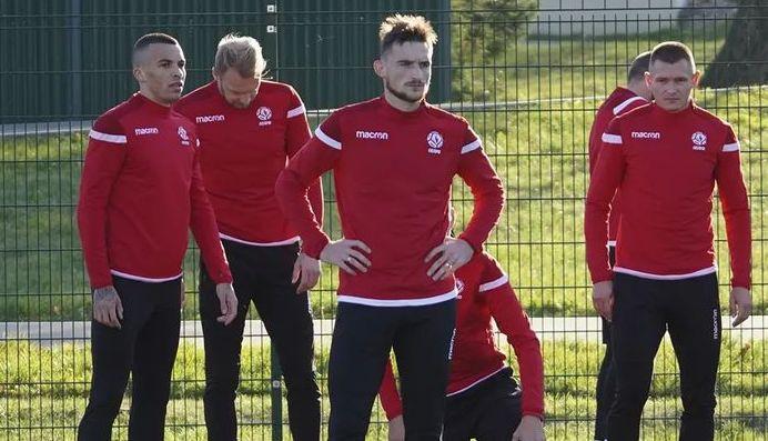 Травмы и коронавирус вынудили тренеров сборной экспериментировать. Состав на Эстонию и Чехию будет интересным