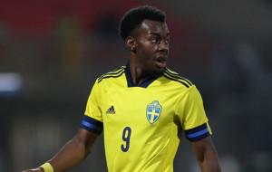 Шведский игрок МЮ Энтони Эланга обвиняется в расизме