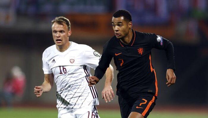 Нидерланды в гостях минимально одолели Латвию