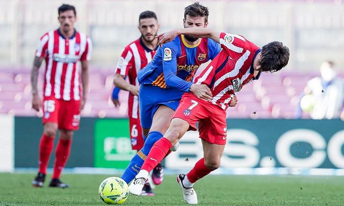 Атлетико дома обыграл Барселону