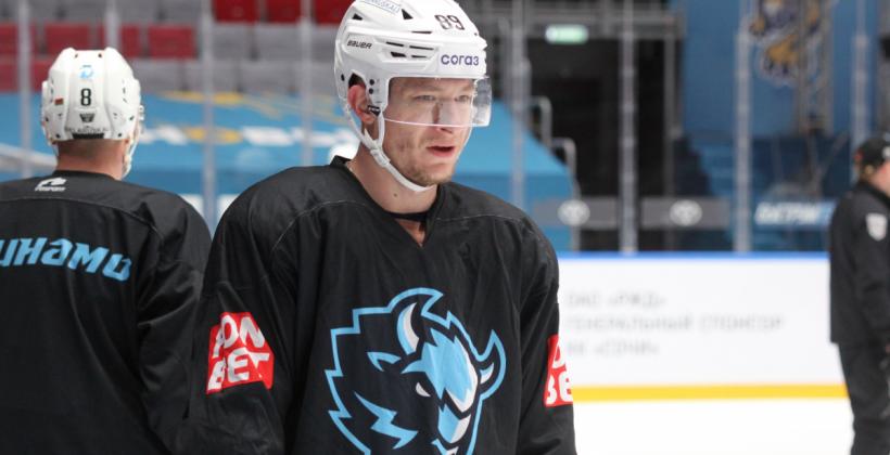 Дмитрий Коробов: «Впереди еще три выездные игры, надо привезти как можно больше очков»