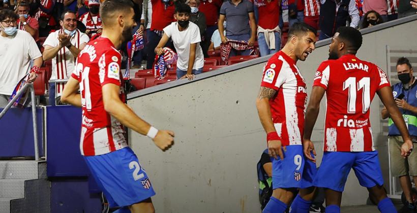 Главный матч тура Ла Лиги: Суарес разобрался с Куманом в интервью, затем с его Барселоной на поле
