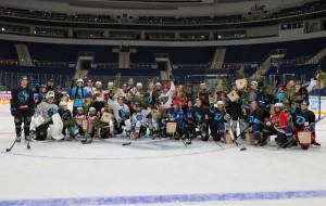 Хоккей на шпильках: девушки потренировались вместе с минским Динамо (видео)